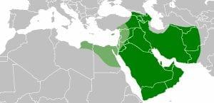 A extensão do mundo muçulmano durante o califado de 'Ali. As áreas detidas por Mu'awiya são sombreadas em verde claro.