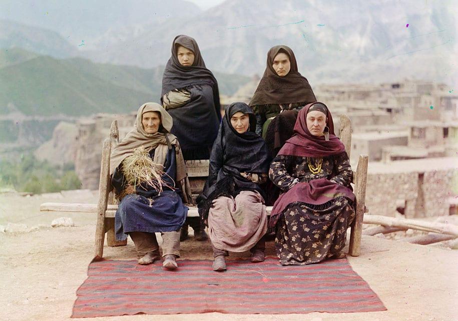 Grupo de mulheres no Daguestão