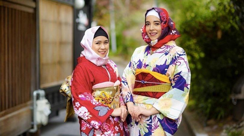 Kimono adaptado ao Hijab
