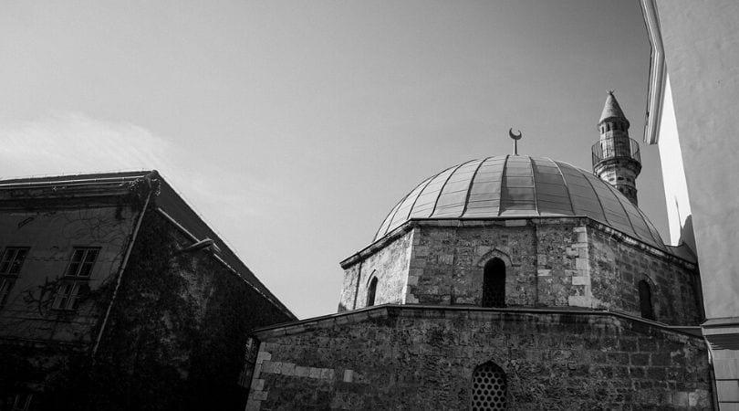Mesquita em Preto e Branco