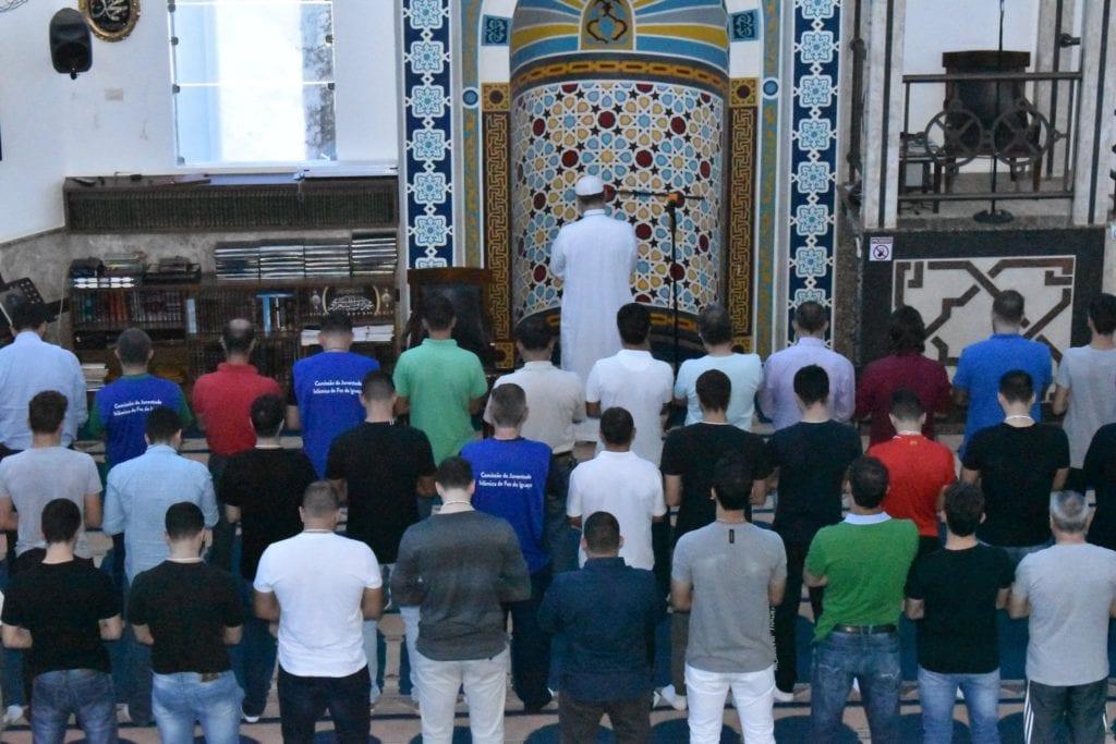 Islam Day Homens Rezando