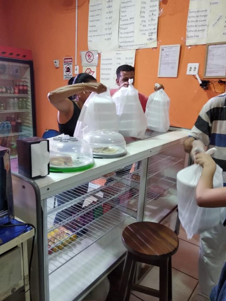 Distribuição de marmitas em Barretos